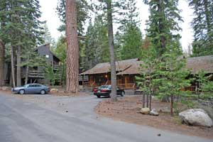 Pinecrest Lake Resort